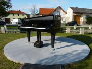 Tuboly Vince : Utcai zongora